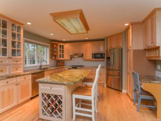 Photo 8: 2407 DESMARAIS PLACE in COURTENAY: CV Courtenay North House for sale (Comox Valley)  : MLS®# 757896