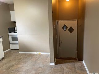 Photo 3: 410 Centre Street in Middle Lake: Residential for sale : MLS®# SK854846