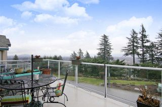"""Photo 19: 7 8590 SUNRISE Drive in Chilliwack: Chilliwack Mountain Townhouse for sale in """"MAPLE HILLS"""" : MLS®# R2441091"""