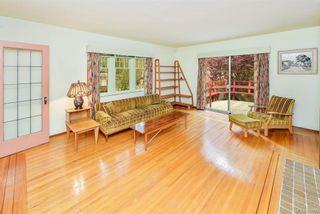 Photo 4: 2184 Lafayette St in Oak Bay: OB South Oak Bay House for sale : MLS®# 844173