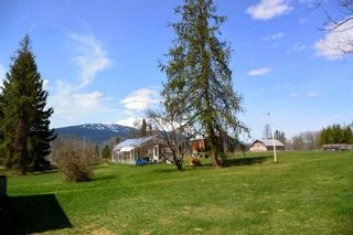 Photo 18: 100 LAIDLAW Road in Smithers: Smithers - Rural House for sale (Smithers And Area (Zone 54))  : MLS®# R2455012