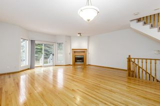 Photo 4: 81 Hamptons Link NW in Calgary: Hamptons Row/Townhouse for sale : MLS®# A1112657