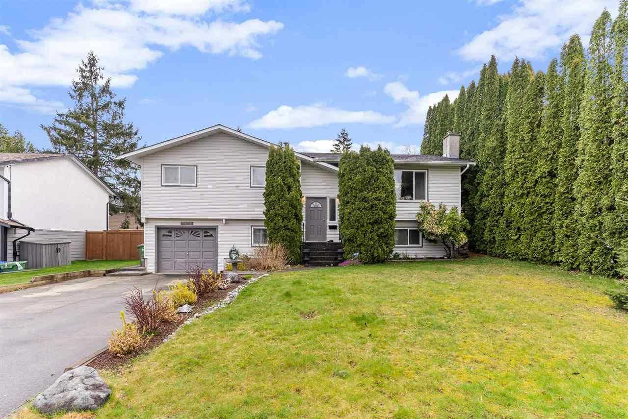 Main Photo: 3050 MCCRAE Street: House for sale in Abbotsford: MLS®# R2559681