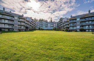 Photo 2: 302 2560 Departure Bay Rd in : Na Departure Bay Condo for sale (Nanaimo)  : MLS®# 864163