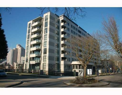 """Main Photo: 313 2851 HEATHER Street in Vancouver: Fairview VW Condo for sale in """"TAPESTRY"""" (Vancouver West)  : MLS®# V690229"""