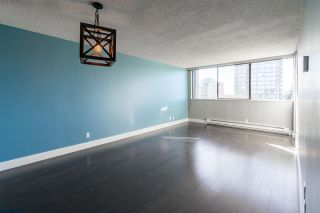 """Photo 6: 807 9521 CARDSTON Court in Burnaby: Government Road Condo for sale in """"Concord Place"""" (Burnaby North)  : MLS®# R2445961"""