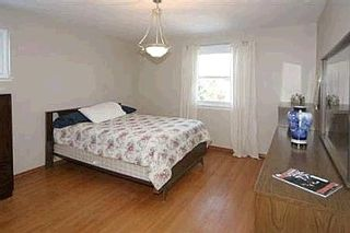 Photo 5: 15 BLEDLOW MANOR DR in TORONTO: Freehold for sale