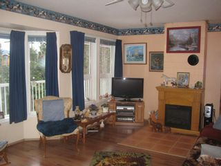 Photo 2: 2658 Vickers Trail in Anglemont: House for sale : MLS®# 10039744