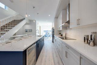 Photo 10: 7639 92 Avenue in Edmonton: Zone 18 House for sale : MLS®# E4221531