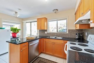 Photo 8: 117 W ST. JAMES Road in North Vancouver: Upper Lonsdale House for sale : MLS®# R2614107