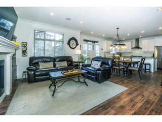 """Photo 4: 5 15885 26 Avenue in Surrey: Grandview Surrey Townhouse for sale in """"Skylands"""" (South Surrey White Rock)  : MLS®# R2352335"""