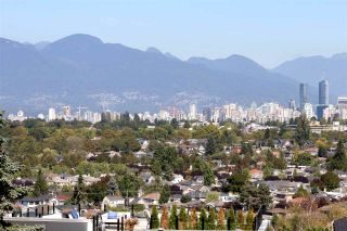 Photo 1: 4207 QUESNEL Drive in Vancouver: MacKenzie Heights House for sale (Vancouver West)  : MLS®# R2403769