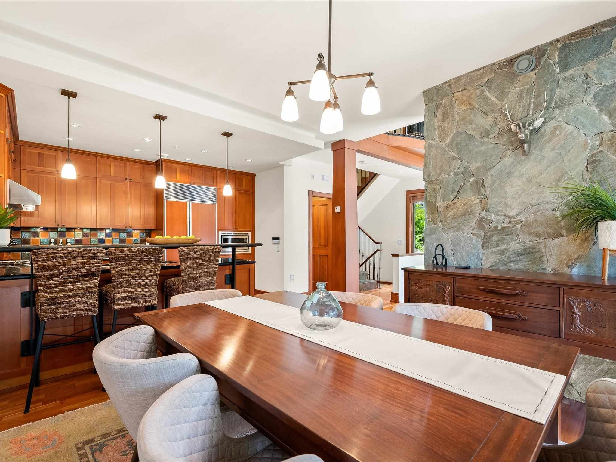 Photo 5: Photos: 4 2500 TALUSWOOD PLACE in Whistler: Nordic Townhouse for sale : MLS®# R2593995