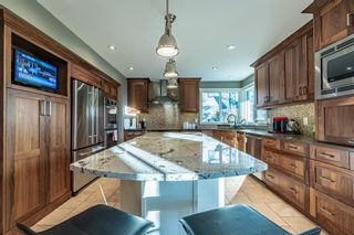 Photo 18: 27 Silvergrove Court NW in Calgary: Silver Springs Detached for sale : MLS®# A1065154