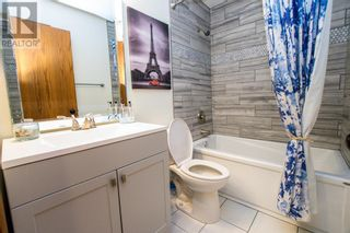 Photo 17: 107 Roberts Crescent in Red Deer: House for sale : MLS®# A1126309