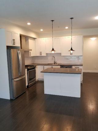 Photo 3: 103 16528 24A Avenue in Surrey: Grandview Surrey Townhouse for sale (South Surrey White Rock)  : MLS®# R2474739