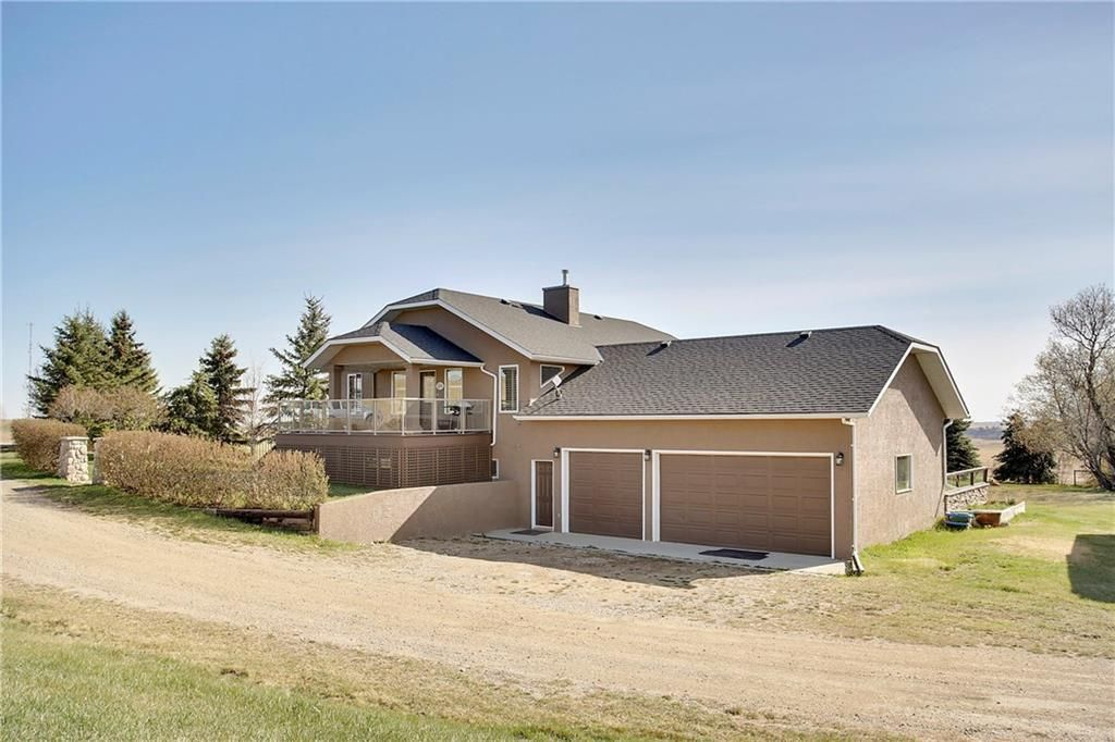 Main Photo: 290153 96 Street E: Rural Foothills County Detached for sale : MLS®# C4223460