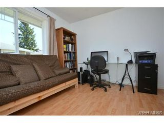 Photo 16: 108 951 Goldstream Ave in VICTORIA: La Langford Proper Row/Townhouse for sale (Langford)  : MLS®# 672174