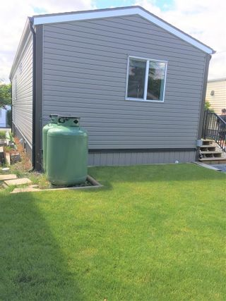 """Photo 6: A4 29666 FRASER Highway in Abbotsford: Aberdeen Manufactured Home for sale in """"Aloha Manufctured Homes & RV Park"""" : MLS®# R2469989"""