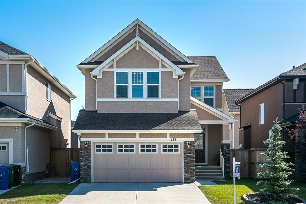 Main Photo: 158 ASPEN ACRES Manor SW in Calgary: Aspen Woods Detached for sale : MLS®# A1061899