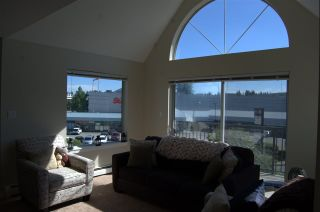 """Photo 4: 311 32725 GEORGE FERGUSON Way in Abbotsford: Abbotsford West Condo for sale in """"Uptown"""" : MLS®# R2182713"""