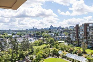 """Photo 1: 606 1450 PENNYFARTHING Drive in Vancouver: False Creek Condo for sale in """"HARBOUR COVE"""" (Vancouver West)  : MLS®# R2279058"""