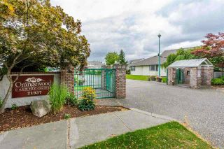 """Photo 3: 1001 21937 48 Avenue in Langley: Murrayville Townhouse for sale in """"Orangewood"""" : MLS®# R2428223"""