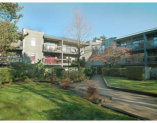 "Main Photo: 101 6105 KINGSWAY BB in Burnaby: Middlegate BS Condo for sale in ""HAMBRY COURT"" (Burnaby South)  : MLS®# V678669"
