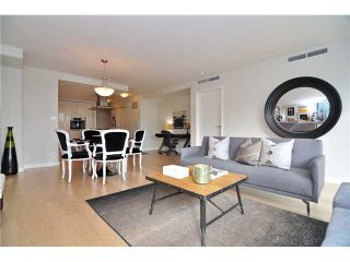 """Photo 5: 1603 8 SMITHE Mews in Vancouver: False Creek Condo for sale in """"Flagship"""" (Vancouver West)  : MLS®# V1064248"""