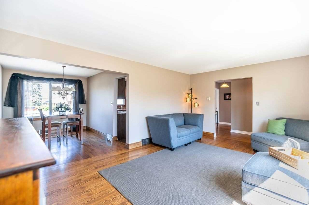 Photo 20: Photos: 26 East Lawn Street in Oshawa: Donevan House (Bungalow) for sale : MLS®# E4818284