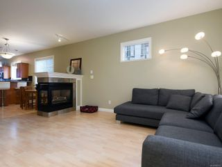 Photo 2: 3 1250 Johnson St in : Vi Downtown Row/Townhouse for sale (Victoria)  : MLS®# 863747