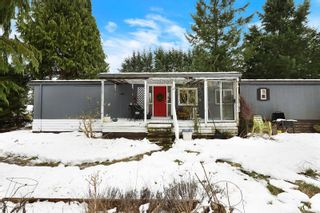 Photo 1: 5933 Mosley Rd in : CV Courtenay North House for sale (Comox Valley)  : MLS®# 866775