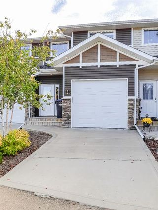 Photo 1: #2 5301 Windward Place Place: Sylvan Lake Row/Townhouse for sale : MLS®# A1146855