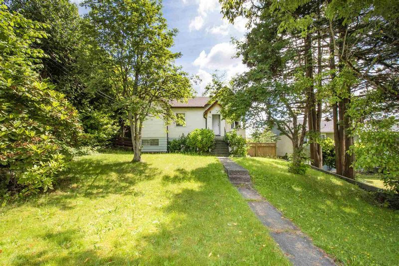 FEATURED LISTING: 560 SPRINGER Avenue Burnaby