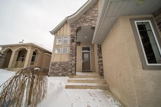 Photo 3: 27 Discovery Ridge Rise SW in Calgary: Discovery Ridge Detached for sale : MLS®# A1070103