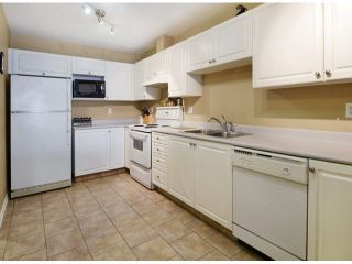 Photo 5: 206 5499 203RD Street in Langley: Langley City Condo for sale : MLS®# F1422792