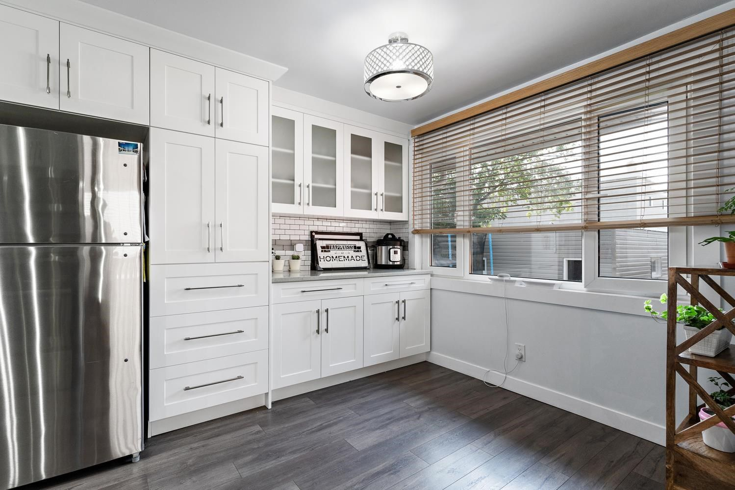 Main Photo: 11311 111A Avenue in Edmonton: Zone 08 House for sale : MLS®# E4257063