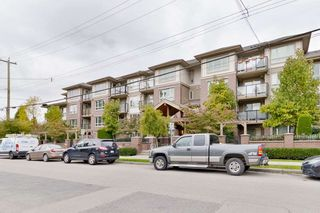 "Photo 3: 406 2175 FRASER Avenue in Port Coquitlam: Glenwood PQ Condo for sale in ""The Residences on Shaughnessy"" : MLS®# R2510567"