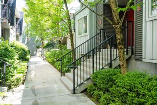 """Photo 4: 202 668 W 6TH Avenue in Vancouver: Fairview VW Townhouse for sale in """"The Bohemia"""" (Vancouver West)  : MLS®# R2596891"""