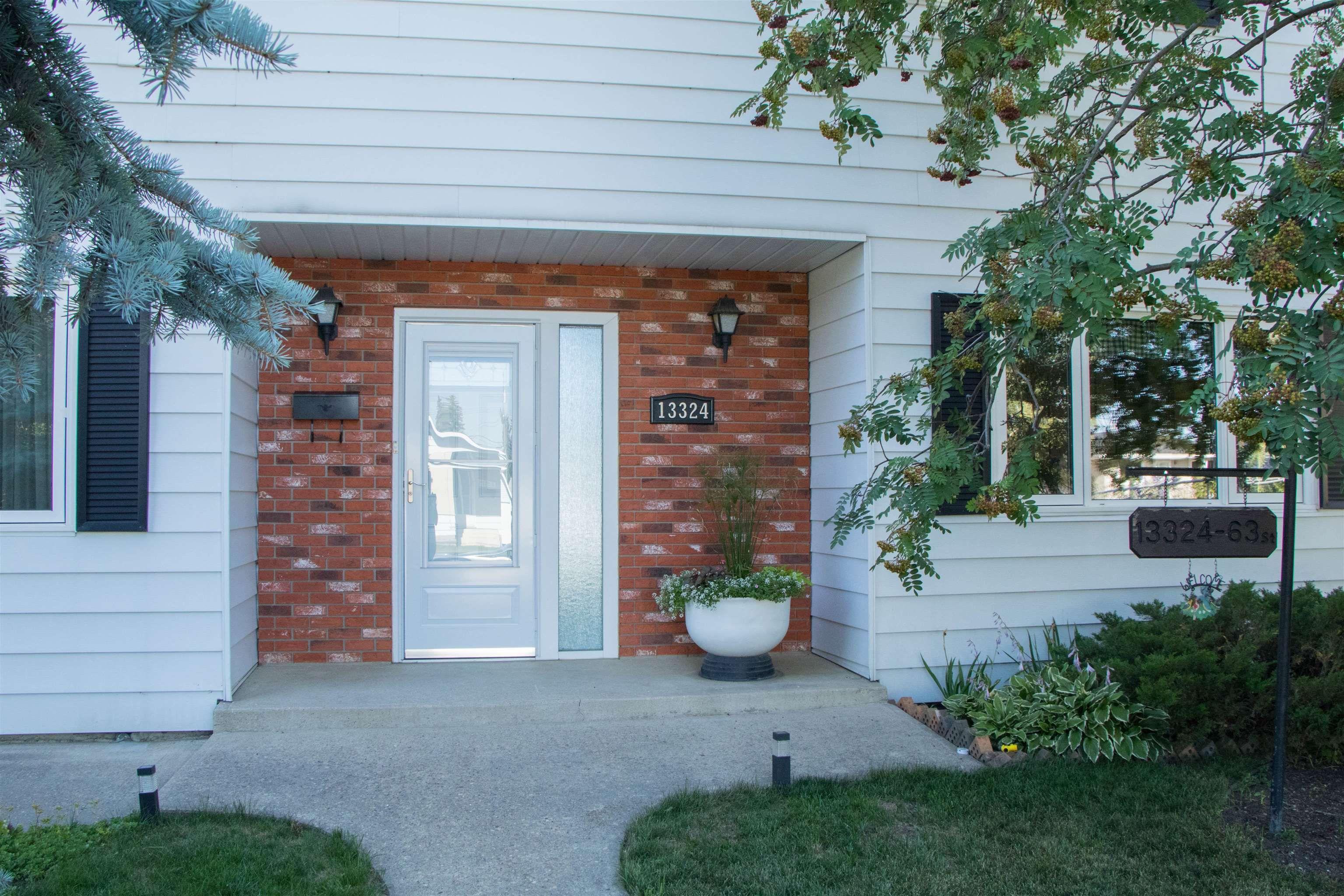 Main Photo: 13324 63 Street in Edmonton: Zone 02 House for sale : MLS®# E4256894