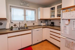 "Photo 4: 3745 208 Street in Langley: Brookswood Langley House for sale in ""Brookswood"" : MLS®# R2013871"