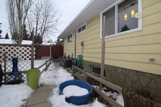 Photo 4: 707 Canfield Place SW in Calgary: Canyon Meadows Detached for sale : MLS®# A1063933