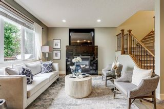 Photo 3: 94 ROYAL BIRKDALE Crescent NW in Calgary: Royal Oak Detached for sale : MLS®# C4267100