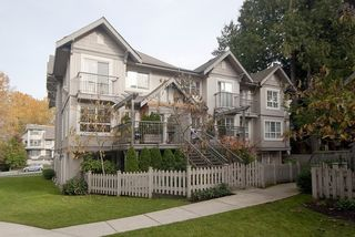 """Photo 2: 8 7503 18TH Street in Burnaby: Edmonds BE Townhouse for sale in """"SOUTHBOROUGH"""" (Burnaby East)  : MLS®# V795972"""