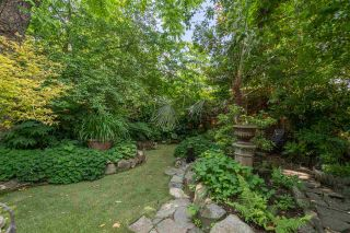 Photo 30: 1143 SEMLIN Drive in Vancouver: Grandview Woodland House for sale (Vancouver East)  : MLS®# R2561103