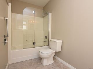 Photo 9: 3 2030 Robb Ave in COMOX: CV Comox (Town of) Row/Townhouse for sale (Comox Valley)  : MLS®# 831085
