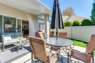 Photo 2: 204 665 Cook Road in Kelowna: Lower Mission House for sale (Central Okanagan)
