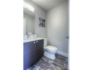 Photo 5: 102 2737 Jacklin Rd in VICTORIA: La Langford Proper Row/Townhouse for sale (Langford)  : MLS®# 737621