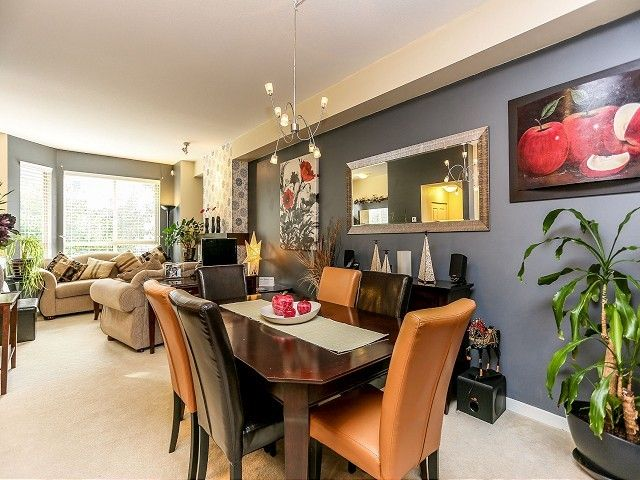"""Photo 4: Photos: 105 100 KLAHANIE Drive in Port Moody: Port Moody Centre Townhouse for sale in """"INDIGO"""" : MLS®# V1032337"""