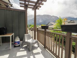 "Photo 15: 1198 VILLAGE GREEN Way in Squamish: Downtown SQ Townhouse for sale in ""Eaglewind"" : MLS®# R2462696"